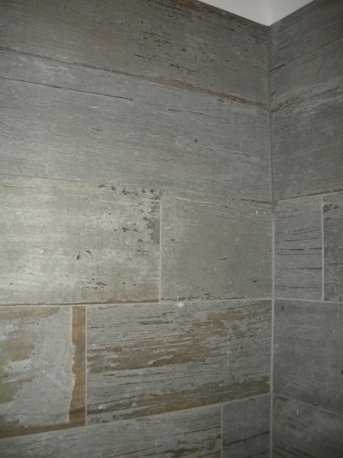Foto finto legno rivestimento bagno in camera di studio di consulenza e progettazione 347697 - Rivestimento bagno legno ...