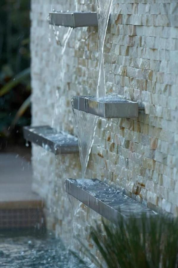 fontana a muro