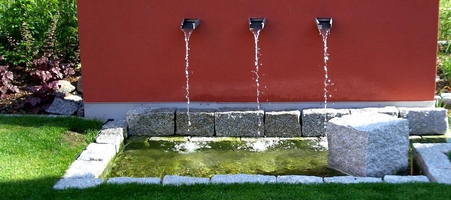fontana a parete