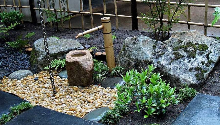 fontana in bambù