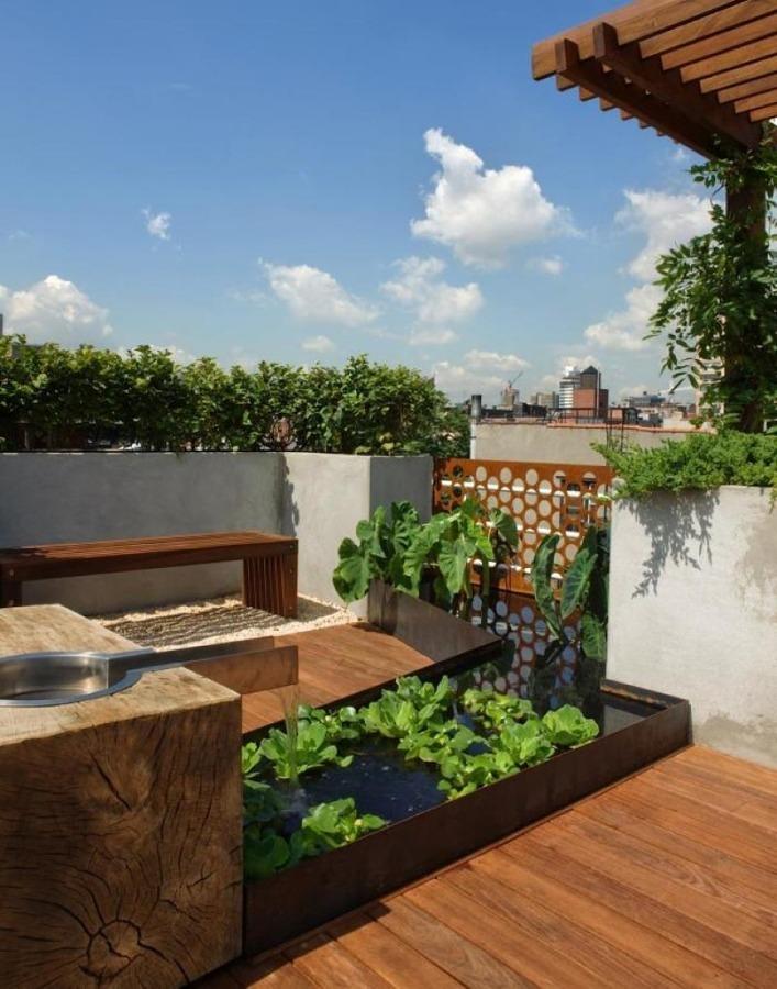 Foto fontana in terrazza con piante di valeria del treste 320462 habitissimo - Arredare una terrazza con piante ...