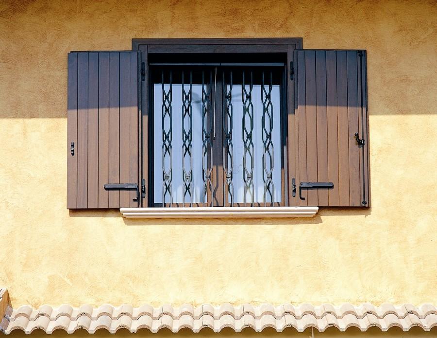 Progetto di forniture infissi legno idee infissi legno e falegnameria - Scuri per finestre ...