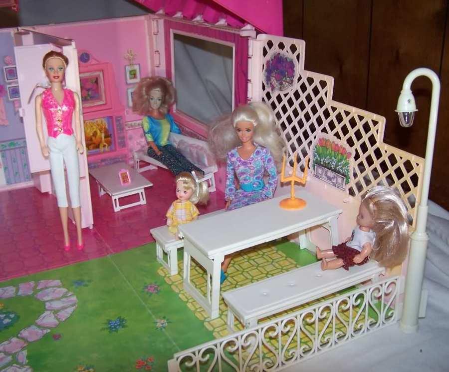 L\'evoluzione Delle Case di Barbie | Idee Interior Designer
