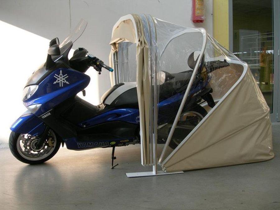 garage pieghevole per auto e moto una soluzione