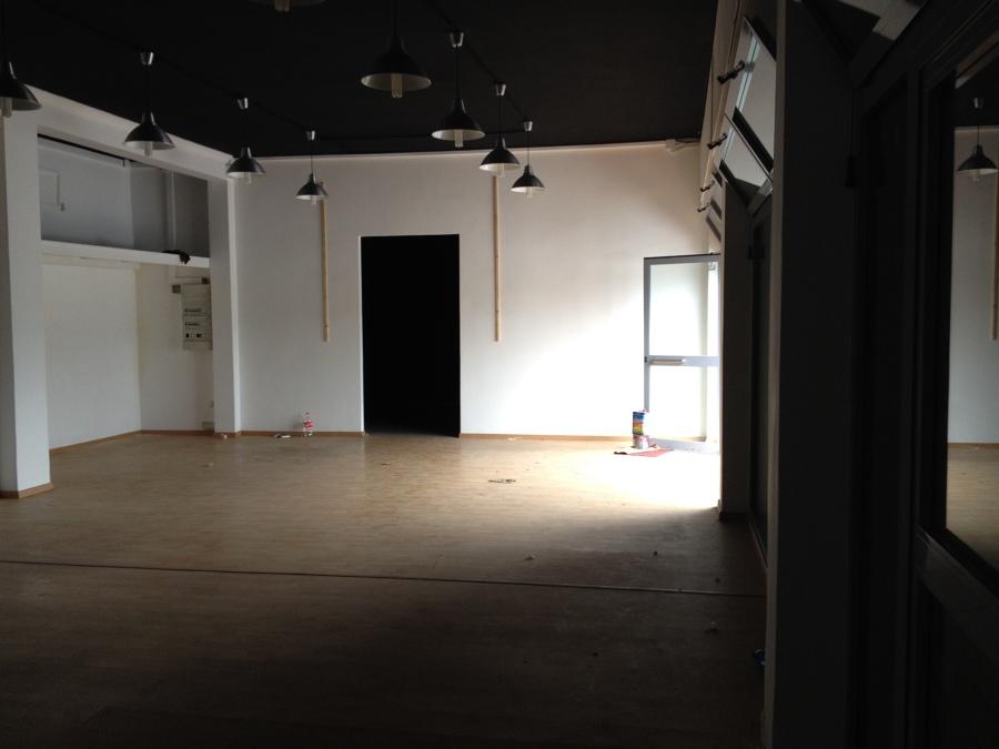 foto ante operam - interno 1 showroom