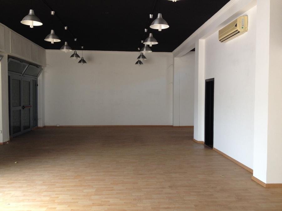 foto ante operam - interno 2 showroom
