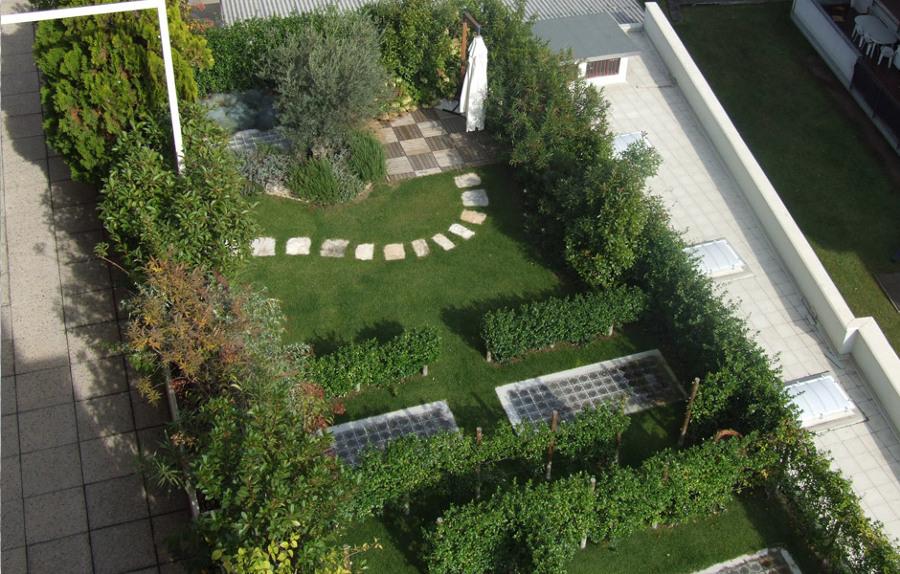 Foto giardino pensile di g p p sas 176041 habitissimo for Progetto aiuole per giardino