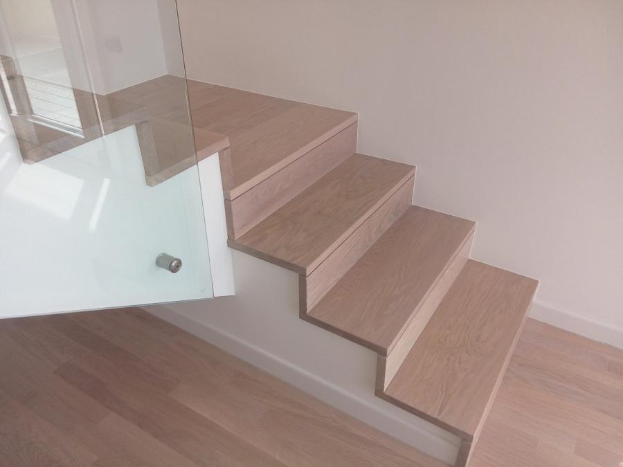 Progetto di rivestimento di una scala in legno idee for Gradini in legno prezzi