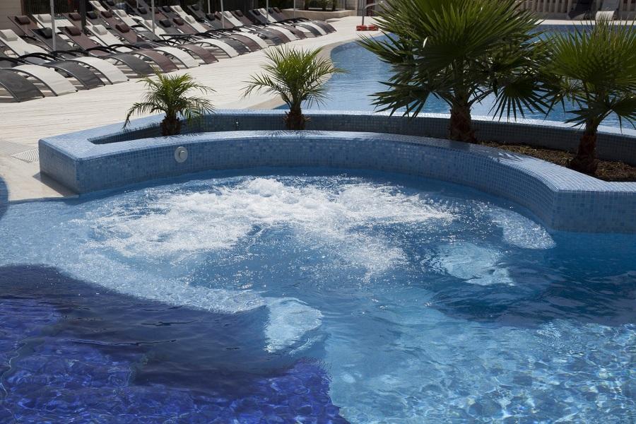 Realizzazione piscine e centri benessere foggia idee costruzione piscine - Piscina assori foggia prezzi ...