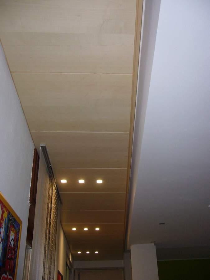 Il controsoffitto trapezioidale in acero