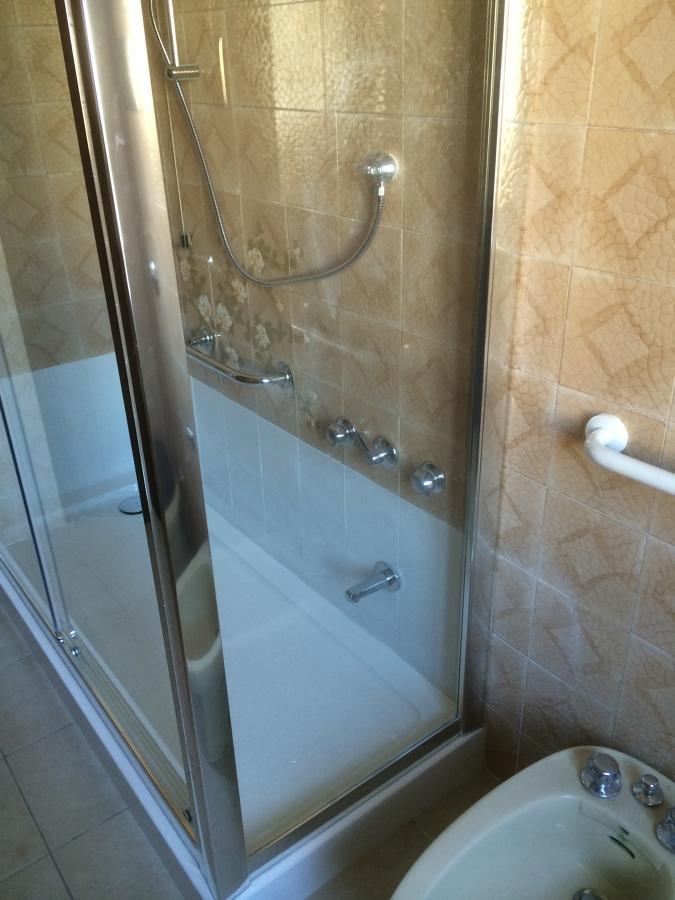 Progetto sostituzione vasca da bagno con doccia stesse - Il box doccia ...