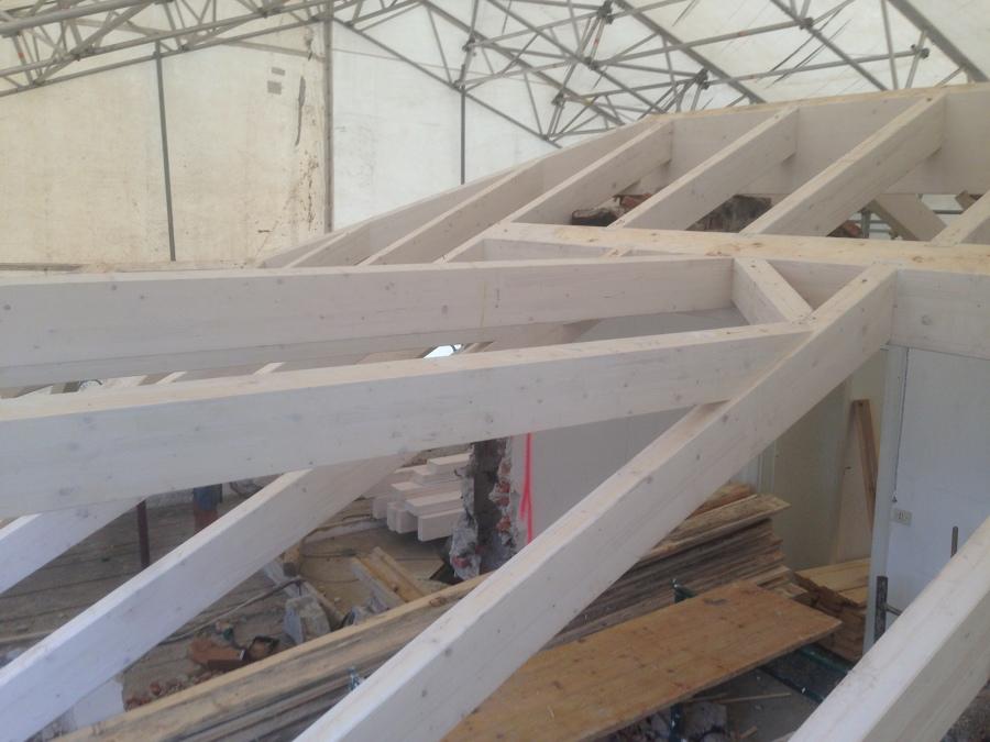 Ristrutturazione villa d 39 epoca a cernobbio idee ristrutturazione casa - Legno sbiancato tetto ...