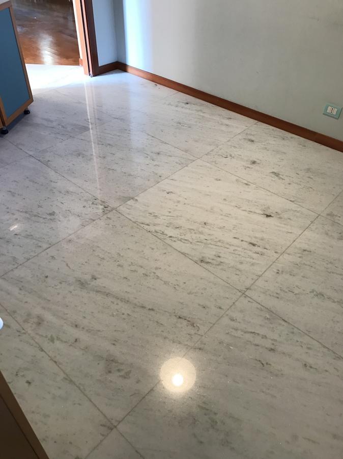 Lucidatura pavimento in marmo a grumello del monte idee for Aprire il pavimento