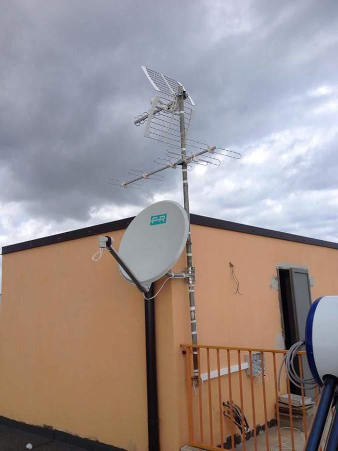 Impianto centralizzato tv satellitare idee elettricisti - Impianto tv casa ...