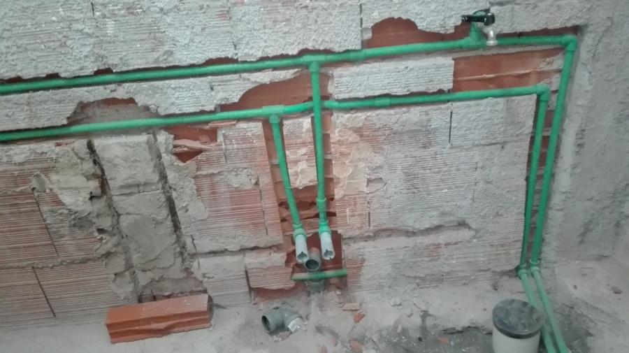 Impianto idraulico great impianto idraulico wc e bidet - Misure attacchi idraulici bagno ...