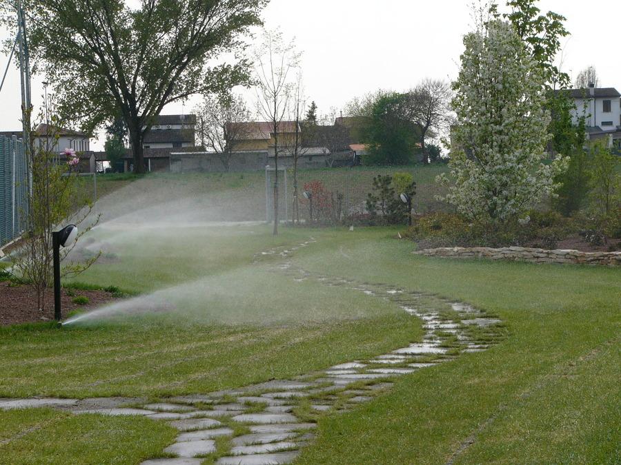 Progetto impianto di irrigazione a mantova idee paesaggisti for Preventivo impianto irrigazione