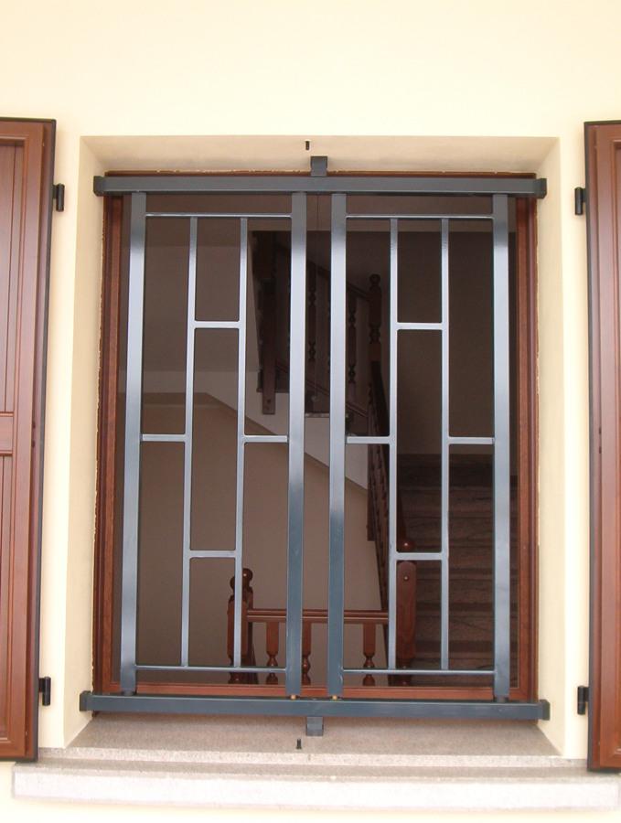 Foto inferriate invicta di edilzeta centro serramenti 302711 habitissimo - Disegni di grate per finestre ...