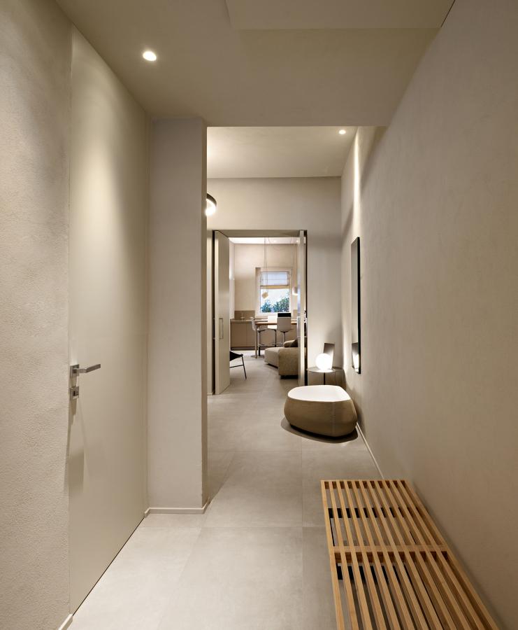 ingresso appartamento al piano terreno
