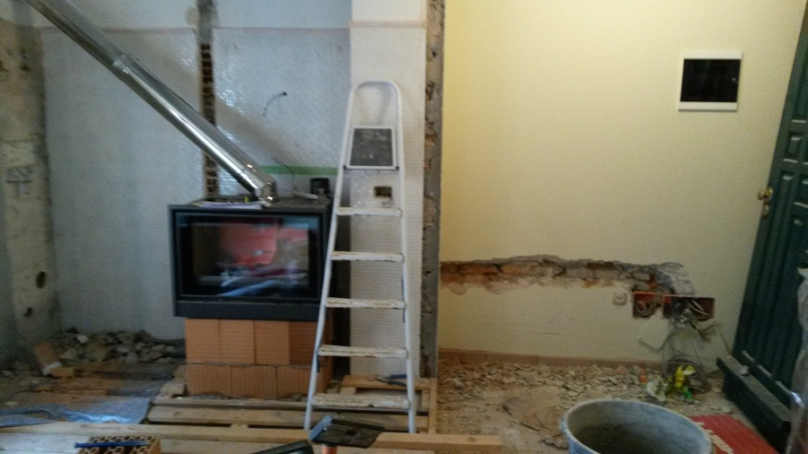 Foto installazione camino e canna fumaria di mca srl - Installazione stufa pellet senza canna fumaria ...