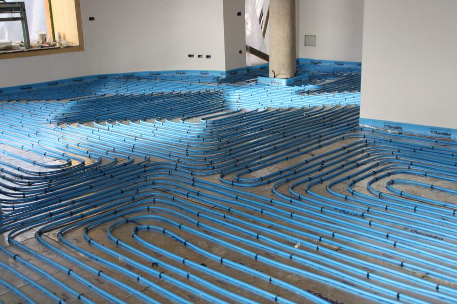 Installazione riscaldamento a pavimento
