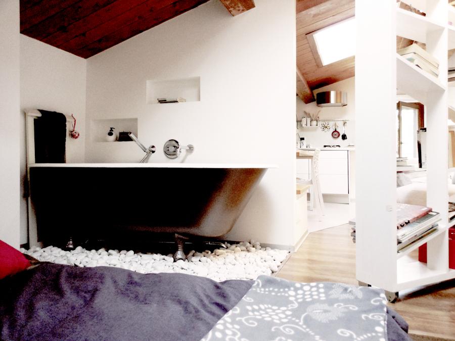 Foto la vasca in camera di spazio 14 10 di stella - Vasca in camera ...
