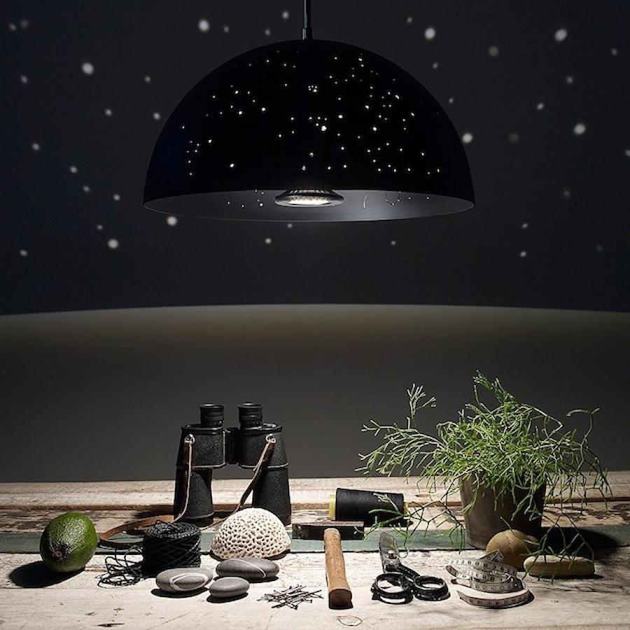 lampada con stelle di luce