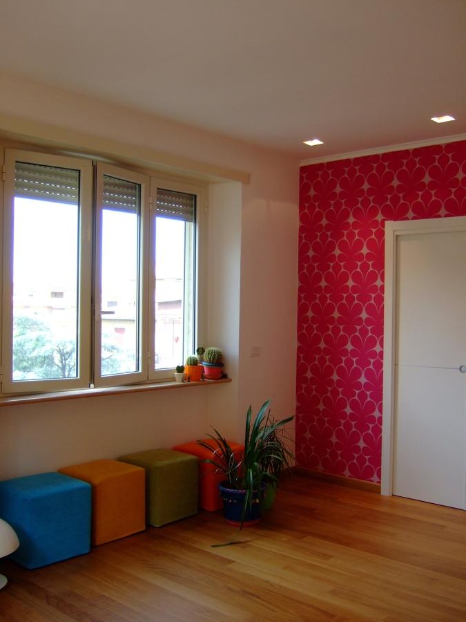 Ristrutturazione 2 casa privato roma idee architetti for Carta da parati libreria