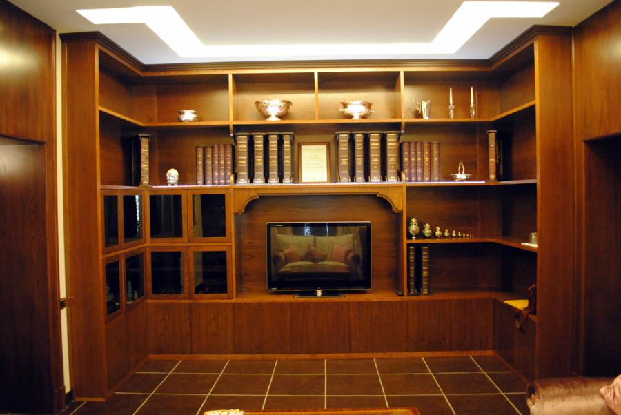 Foto libreria classica in massello di castagno de - Mobili libreria classica ...