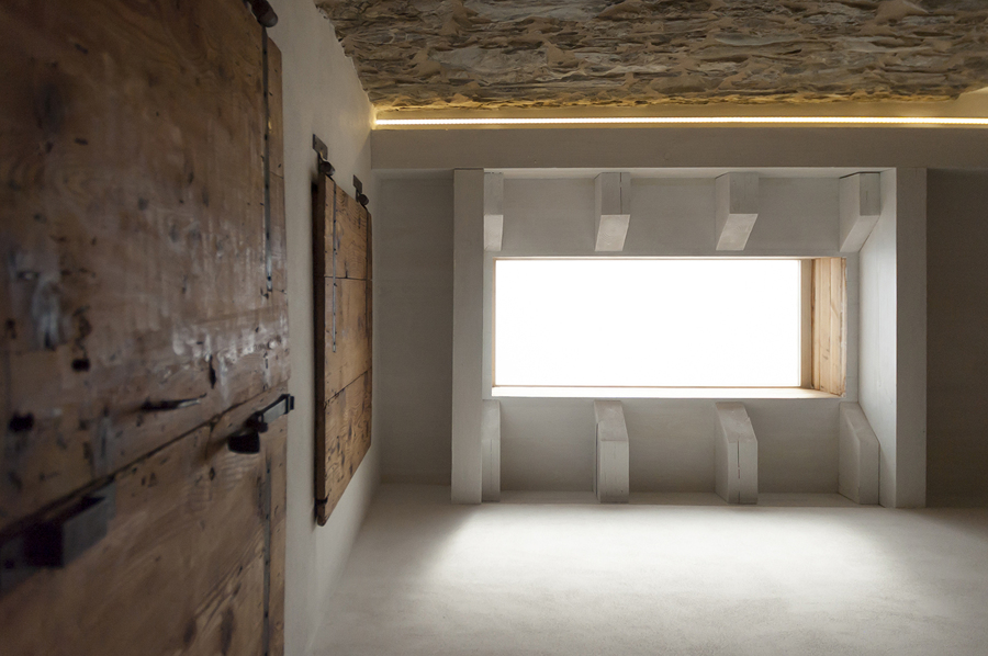 luce dal soffitto