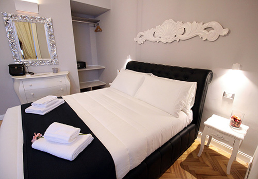 LUXURY GUEST HOUSE