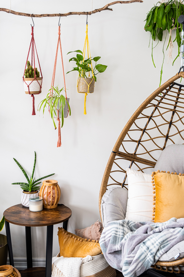 macrame plant hanger colorati