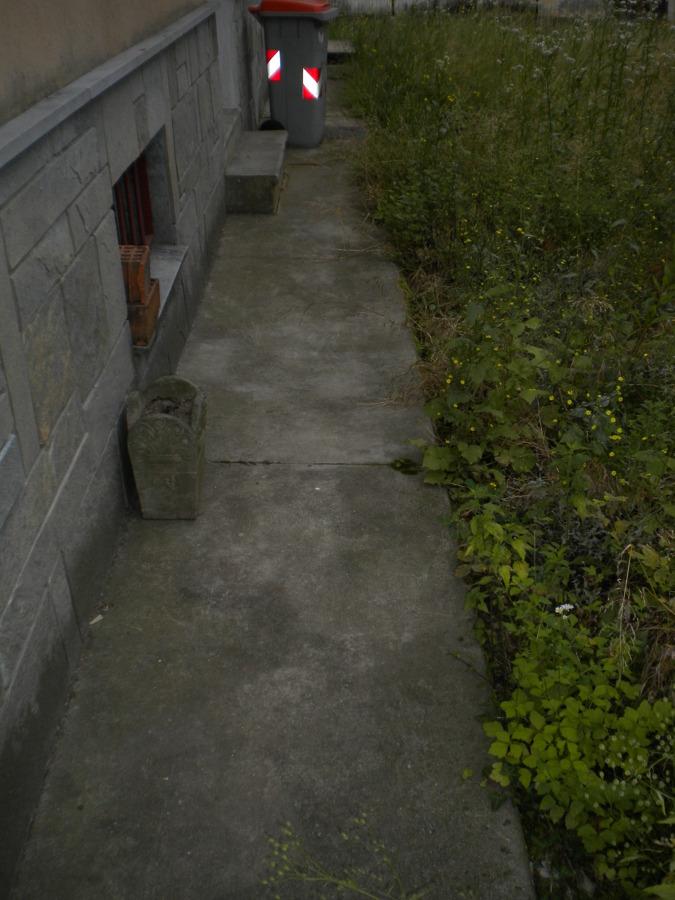 Marciapiede originale in cemento