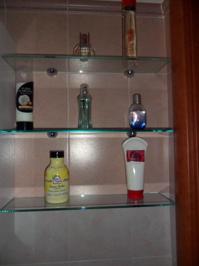 Foto mensole per bagno di 035 serramenti e vetri 89926 - Mensole per bagno ...