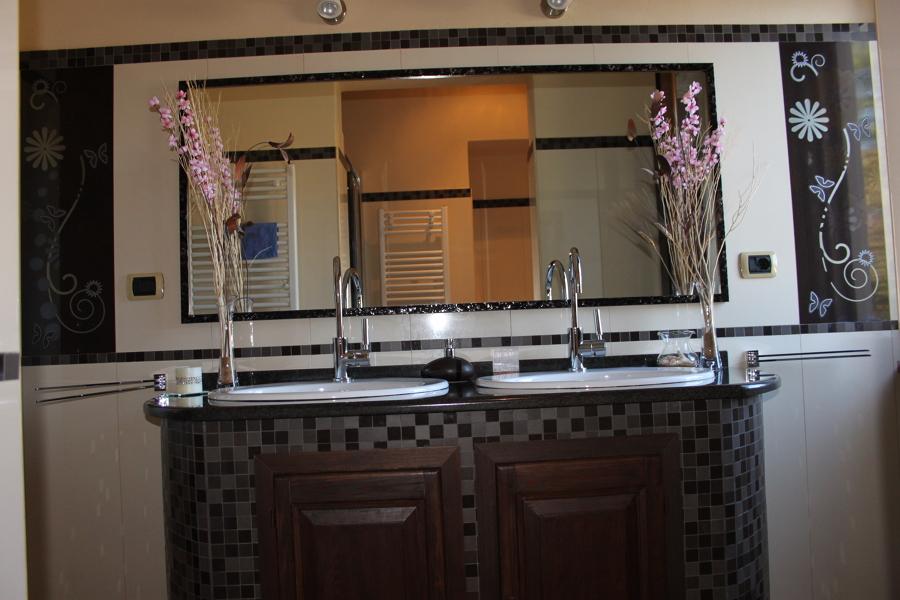 Foto mobile bagno in muratura di with arredo bagno in muratura - Bagno moderno in muratura ...