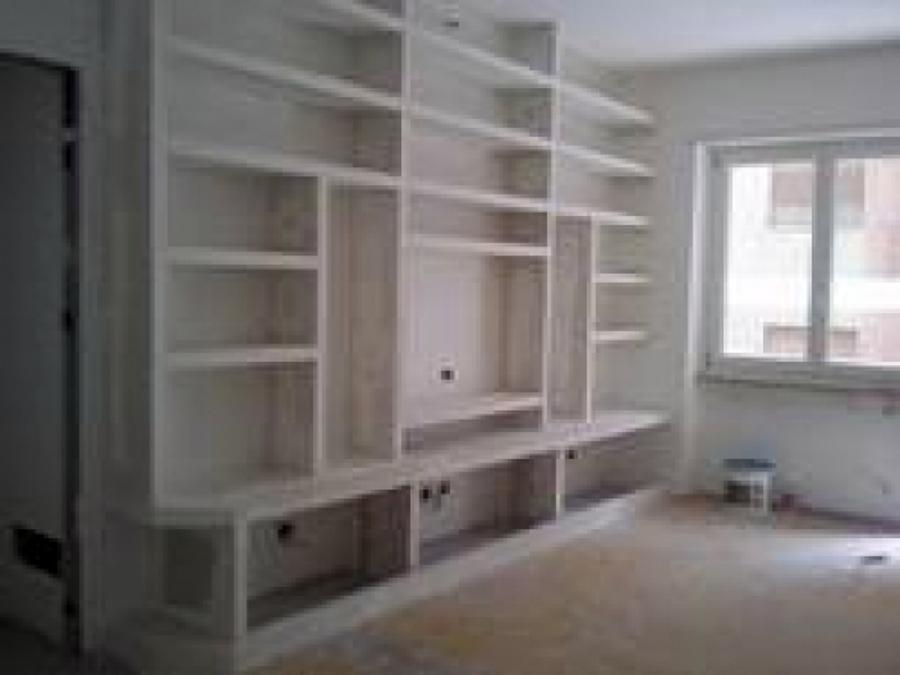Casa moderna roma italy libreria cartongesso prezzi - Prezzo parete in cartongesso ...