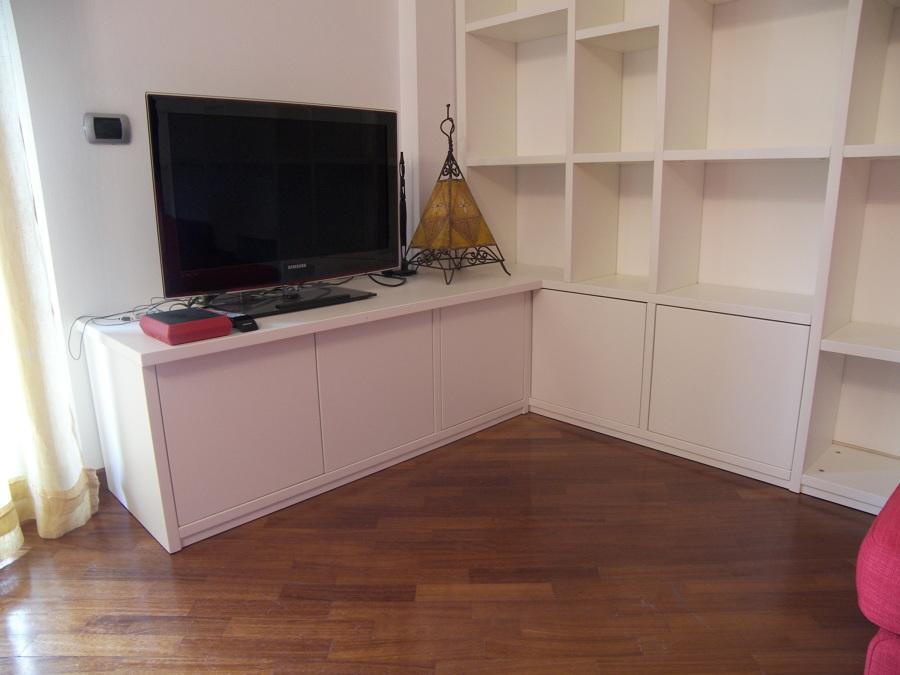 mobile soggiorno bianco laccato : Foto: Mobile Soggiorno Libreria Laccato Bianco di Figli Di Consonni ...