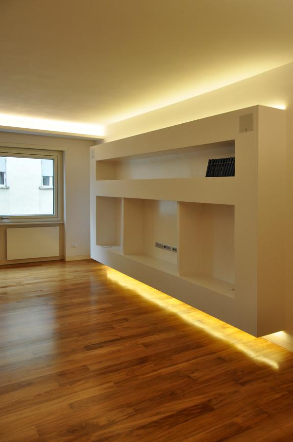 Mobile tv minimal in soggiorno