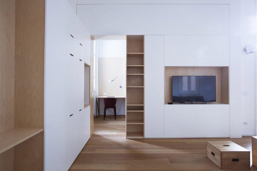 Foto mobili in legno ed mdf laccato di rossella for Mobili mdf