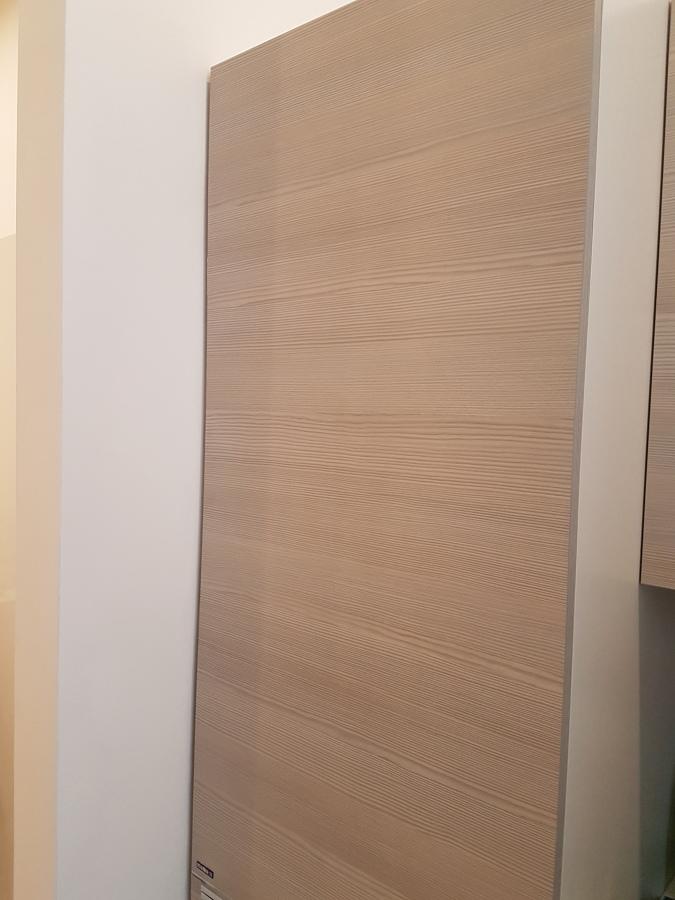 mobili zona living operativa realizzati su nostro progetto su misura