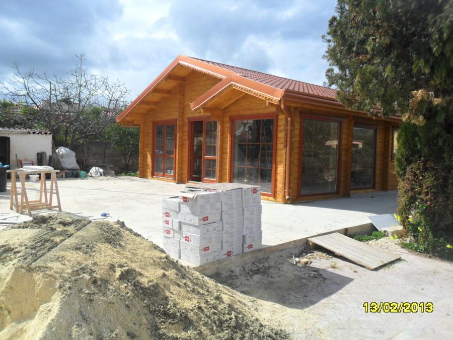 Foto modello lori 10 casedilegnosr casa di siracusa di for Modello di casa bungalow