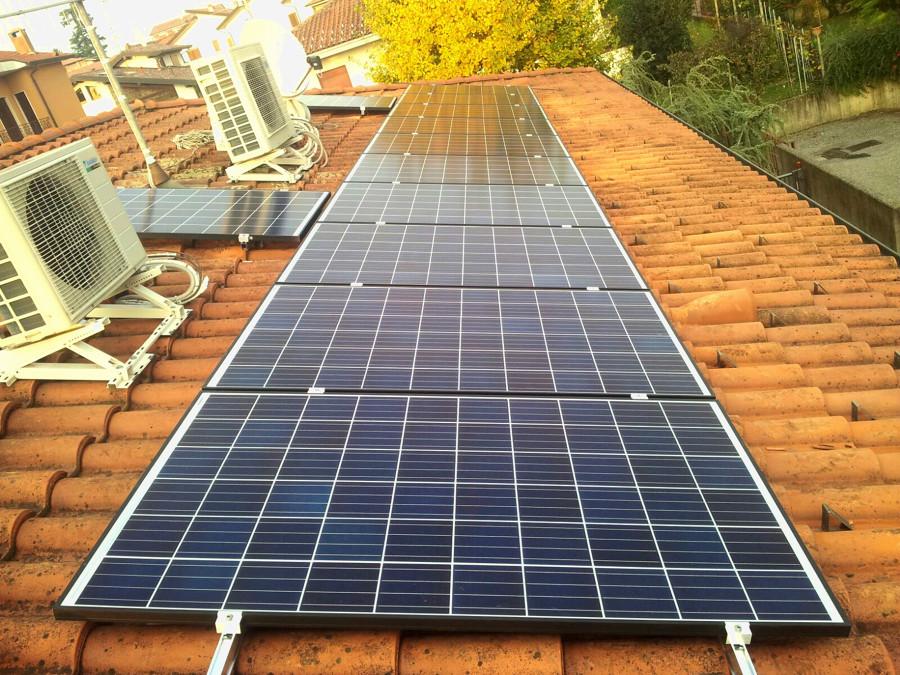 Impianto fotovoltaico casarinnovabileit binago co - Altroconsumo fotovoltaico ...