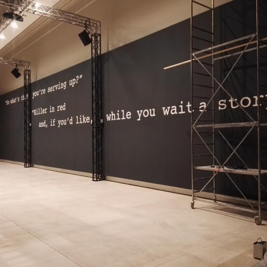 Montaggio pareti e scritte