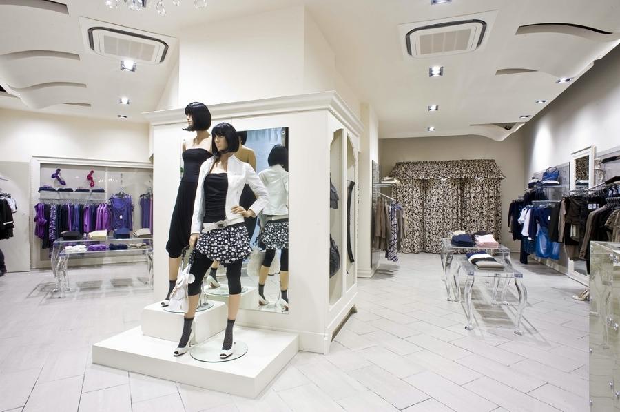 Progetto design negozi rinascimento idee interior designer - Interior design udine ...