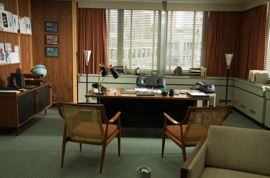 Forma e funzione nel design dell ufficio dal dopoguerra ad for Mobili ufficio anni 60