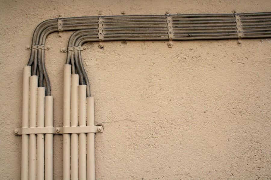 Come nascondere le tubature in casa idee ristrutturazione casa - Tubi a vista in casa ...