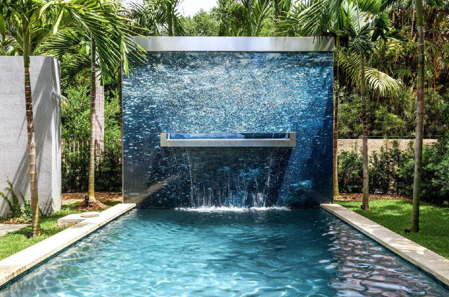 pannello decorativo in piscina
