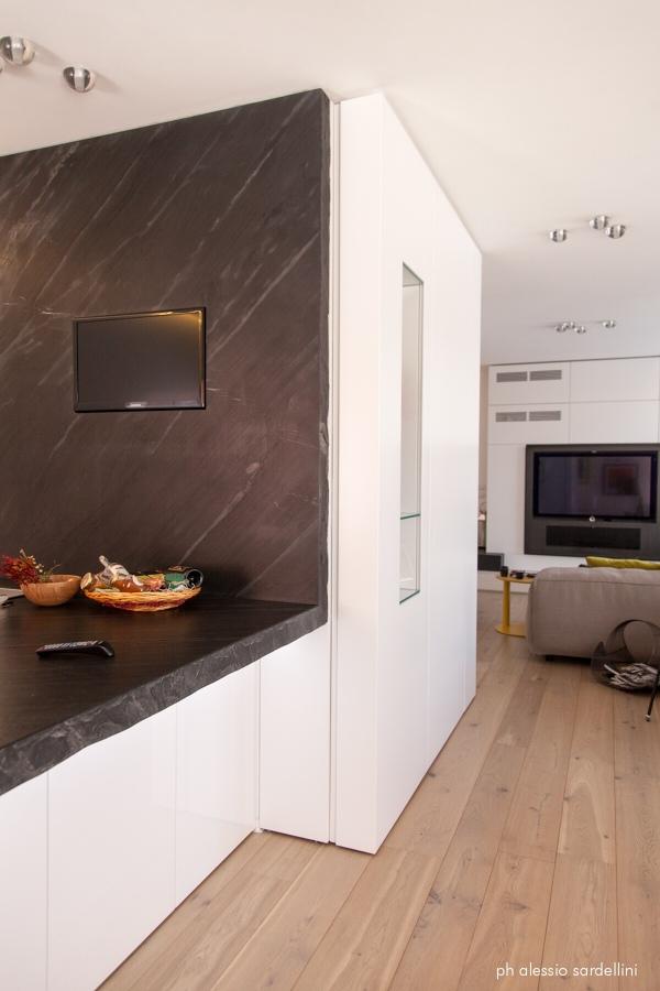 Parete cucina in pietra best stunning da parete per for Parete pietra