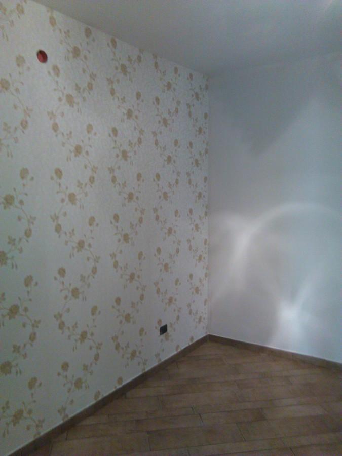 Foto parete capezzale stanza da letto di edildecoro - Parete stanza da letto ...