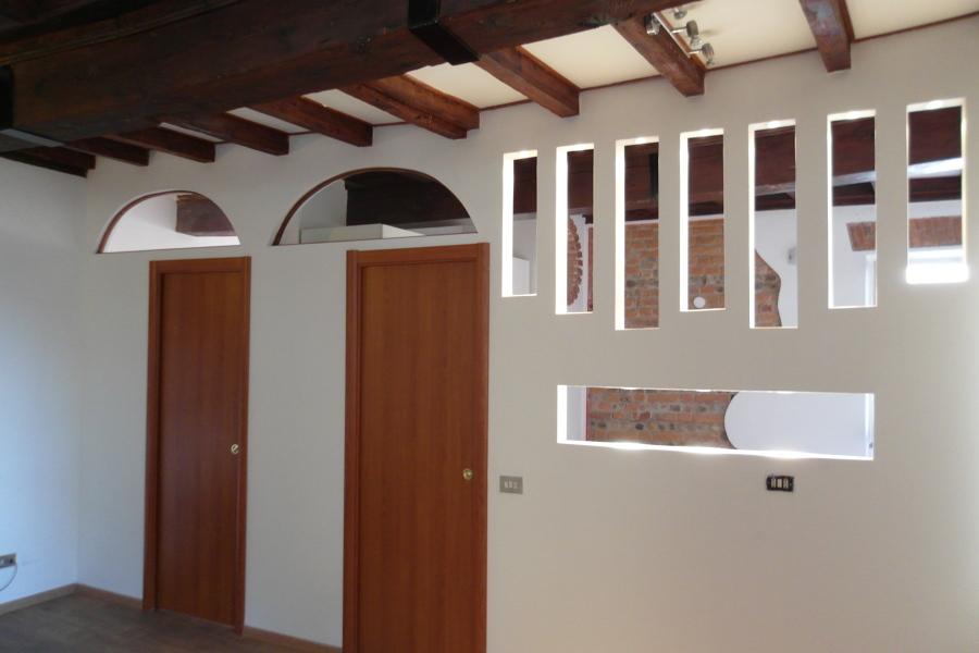 Parete in cartongesso con porte a scomparsa with parete divisoria in cartongesso - Parete in cartongesso costo ...