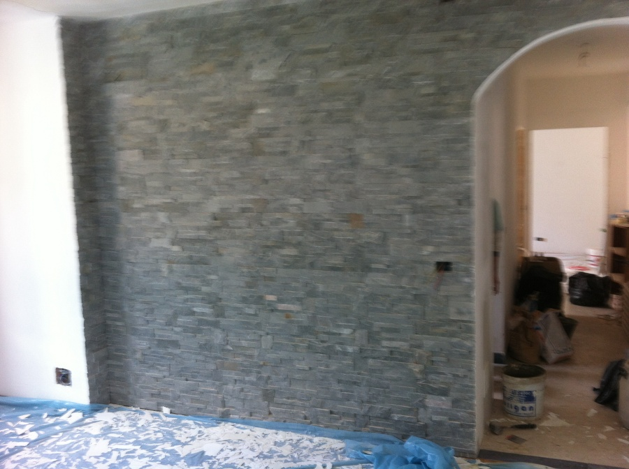 Progetto rivestimento interno ad aosta ao idee ristrutturazione casa - Rivestimento finta pietra interno ...